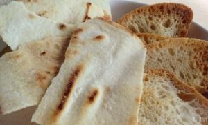 Acompañamiento pan para queso