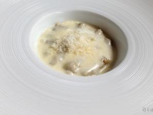 Gnoccis de alcachofa con parmesano