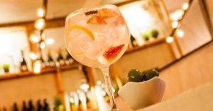gin tonic plaza
