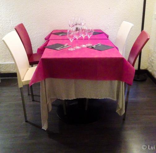 Mesa en Fenix Lounge