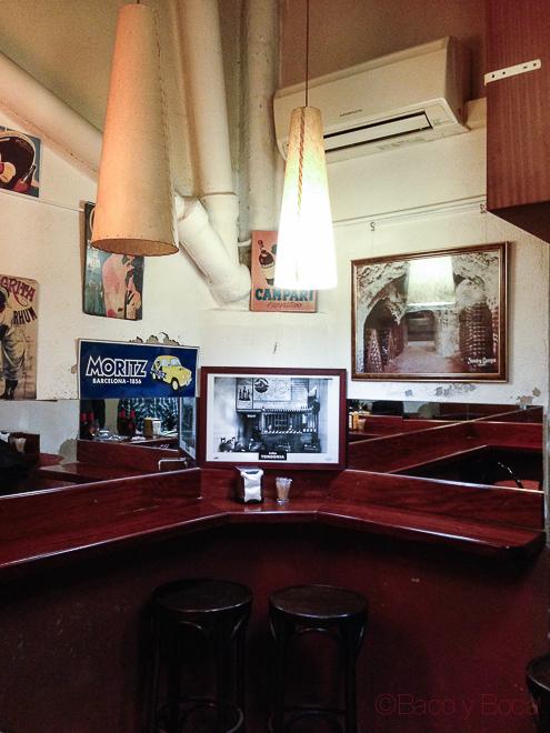 esquina interior en el celler 1912 vermuteria Hospitalet