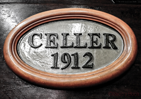 Placa rotulo nombre celler 1912 vermuteria hospitalet