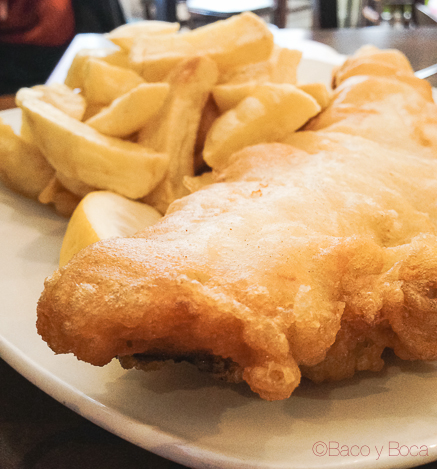 Bacalao fresco Cold fish and chips en  the kingfisher restaurant dublin