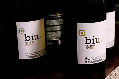Botellas biu de sort riesling 2012 blanco para el Menu maridaje Sucapa