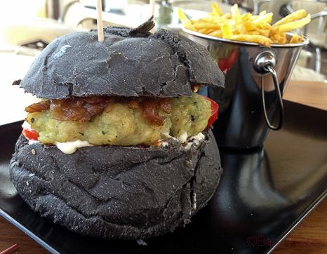 hamburguesa tokio pp en Vai Moana