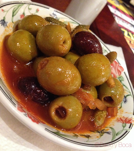 Olivas aperitivo restaurante reñe