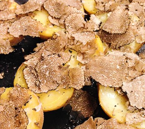 patatas con trufa de verano