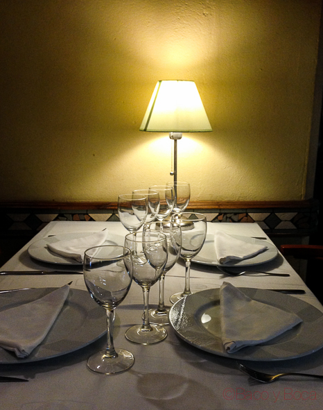 Mesa-restaurante-El-boliche-del-gordo-cabrera-barcelona