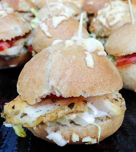 Mini-bocadillos-de-cebolla-de-vegetales-de-pollo-establiments-planes-baco-y-boca
