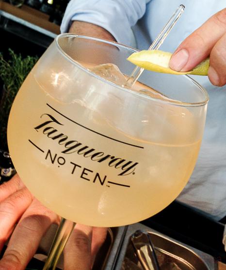 Coctelería Londinense en Barcelona: Polo Bar y Tanqueray Nº10