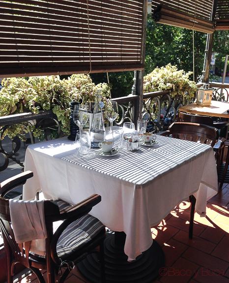 mesa en balcon Alba Granados bacoyboca