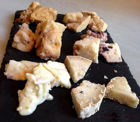 surtido de quesos Tiramisu Davita Italian gastro Market baco y boca