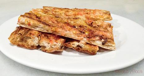 pan coca con tomate Pitapes Granollers baco y boca