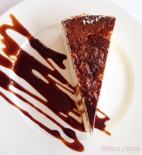 pastel de queso la peni molins de rei Baco y Boca