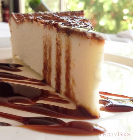 pastel de queso postre la peni molins de rei Baco y Boca