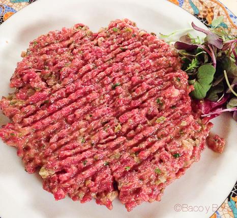 steak tartar Brasserie Flo baco y boca