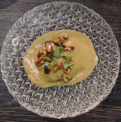 ravioli de buey salsa de foie Sasha Bar Barcelona Baco y Boca