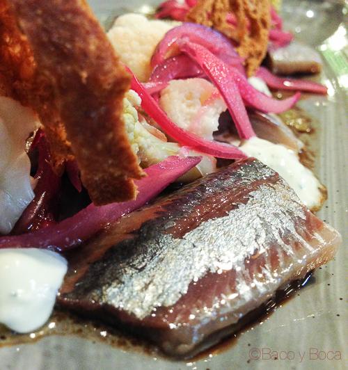 sardina ahumada con yogur y coliflor Singular Baco y Boca