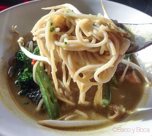 sopa thai en abrassame las arenas baco y boca