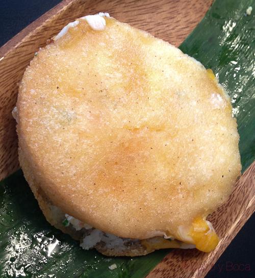 arepa queso tropico bcn baco y boca