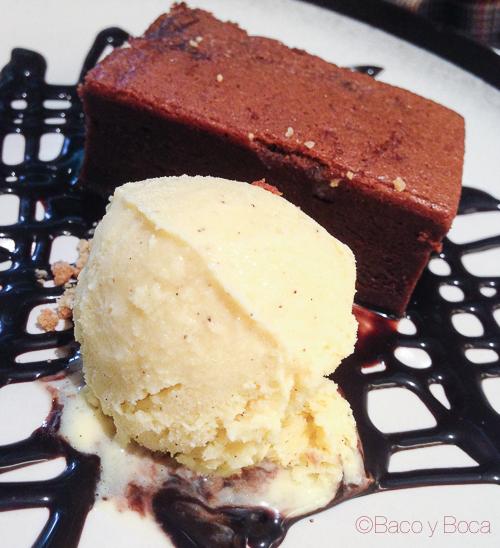 brownie sin nueces con helado Champagne Bar Santa Eulalia baco y boca