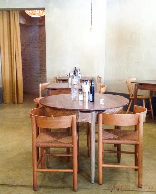 mesa interior la esquina baco y boca