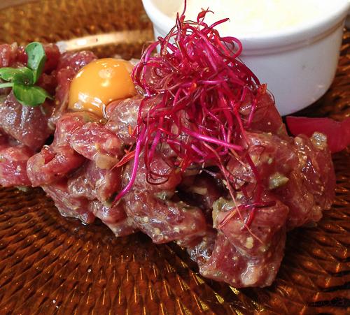 steak tartar en Antunez baco y boca