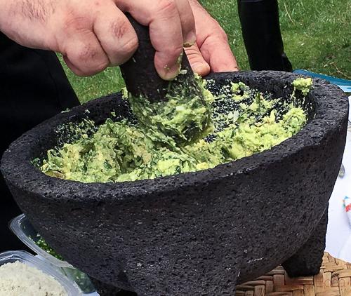 Guacamole Semana Gastronomica mejico rabanos Caprabo bacoyboca